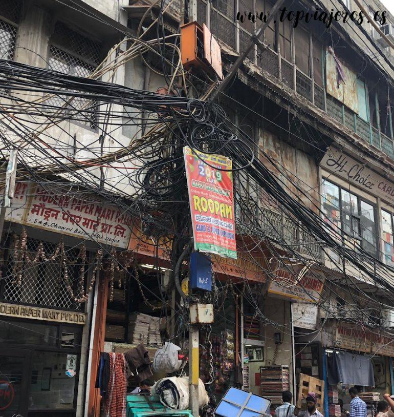 Cables electricidad Old Delhi