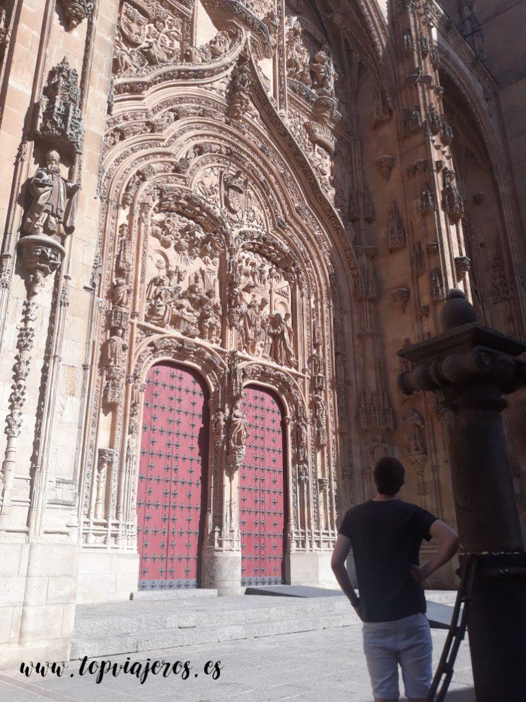 Puerta principal - Catedral vieja de Salamanca