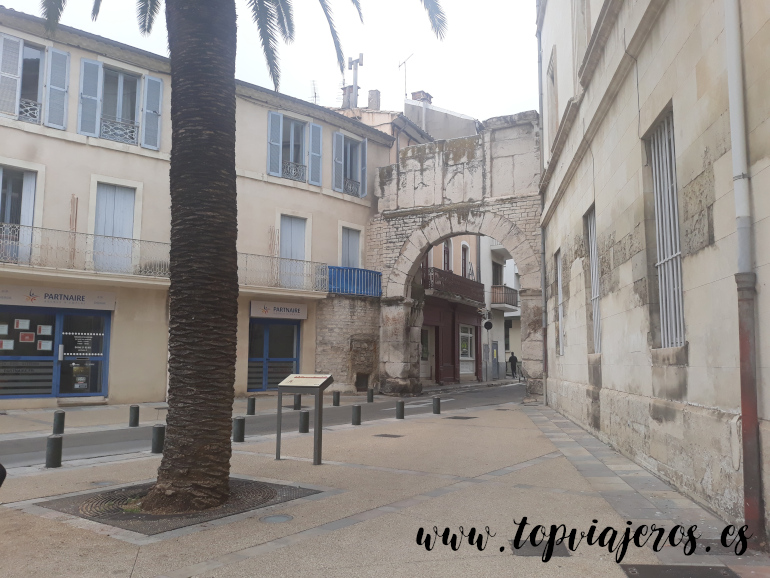 Porte de France Nimes