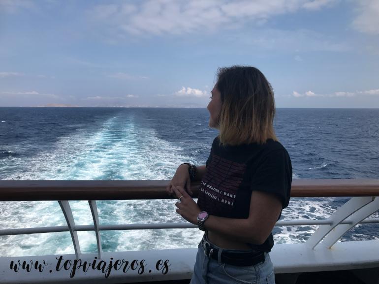 Ferry de Mykonos a Santorini