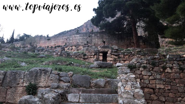Oráculo de Delfos