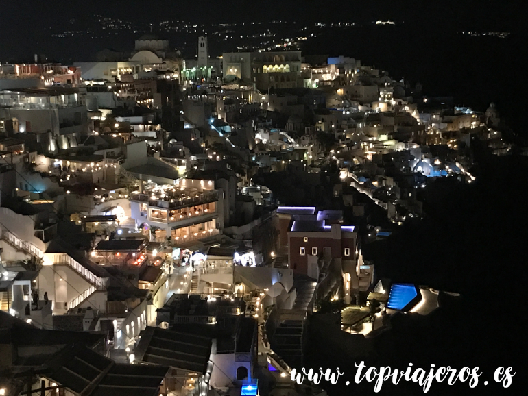 Vistas nocturnas Thira Santorini