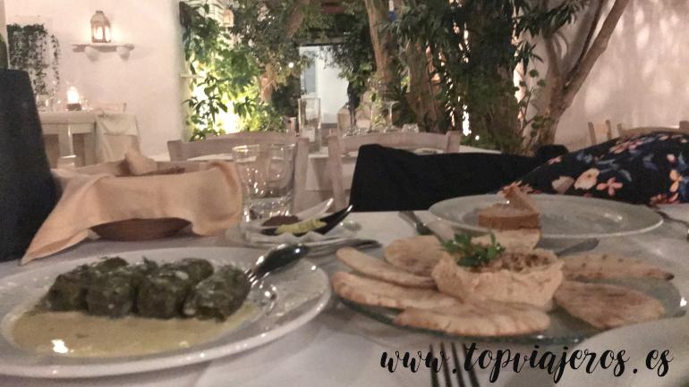 Avra Restaurant comida típica griega
